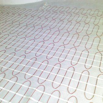Elektromos fűtőszőnyeg hidegburolathoz - Comfort Heat CTAE-160